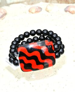 Zsiska – Acapullco beautiful elasticated designer statement bracelet, 1 big resin bead, red/black, size L