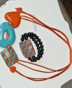 Zsiska – Acapullco beautiful adjustable, designer resin statement necklace + elasticated bracelet, size L burnt orange/turquoise