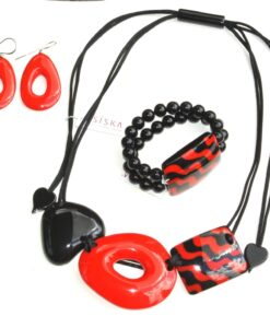 Zsiska Set – Acapullco beautiful adjustable designer resin statement necklace + elasticated bracelet, 1 big resin bead, size L red/black + statement resin drop earrings red